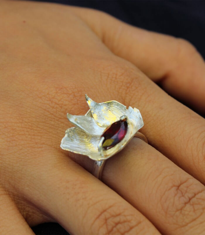 انگشتر دست ساز نقره زنانه مژان