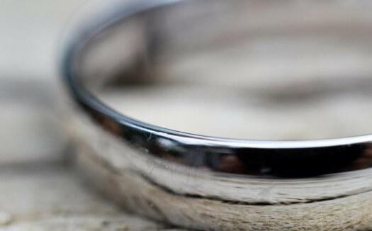 ۸ روش برای براق نگه داشتن انگشتر نقره